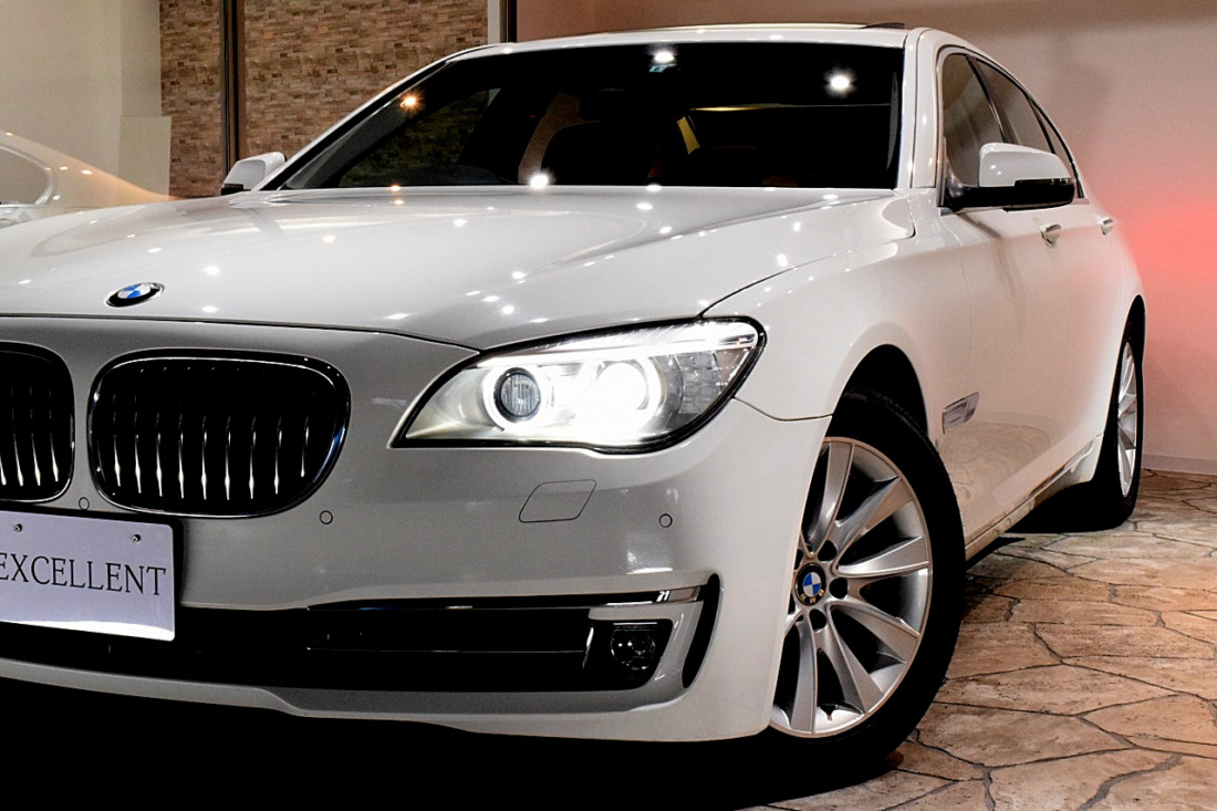 BMW 740i Sold outイメージ4