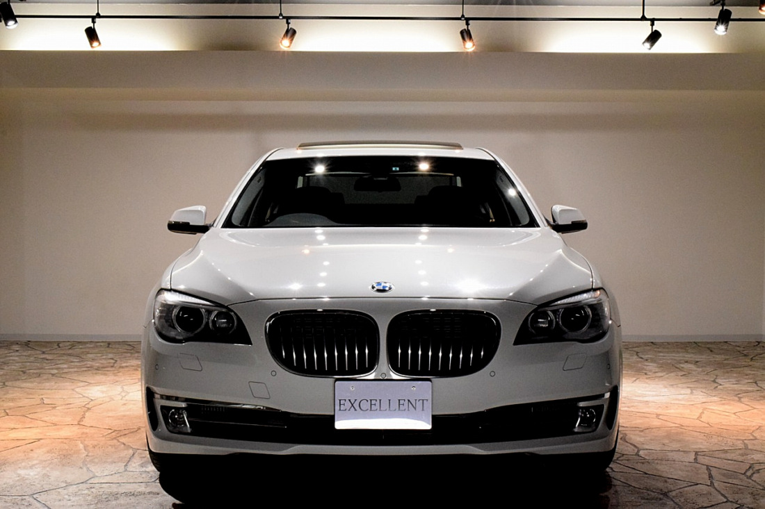 BMW 740i Sold outイメージ3