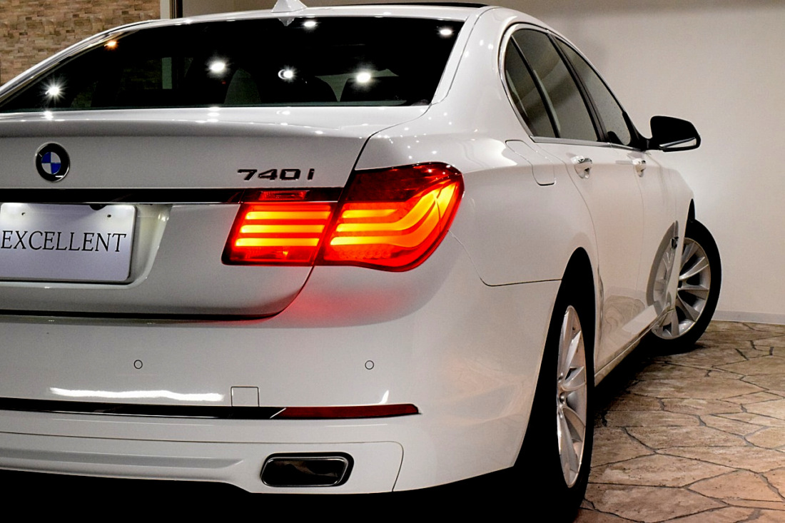 BMW 740i Sold outイメージ19