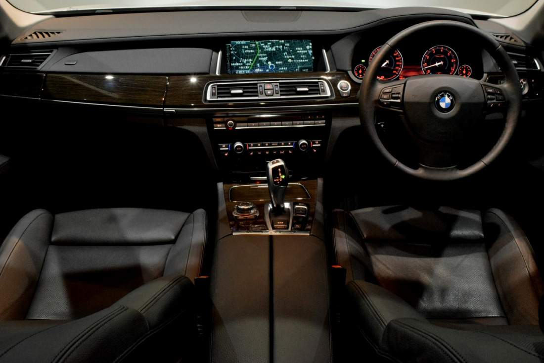 BMW 740i Sold outイメージ5