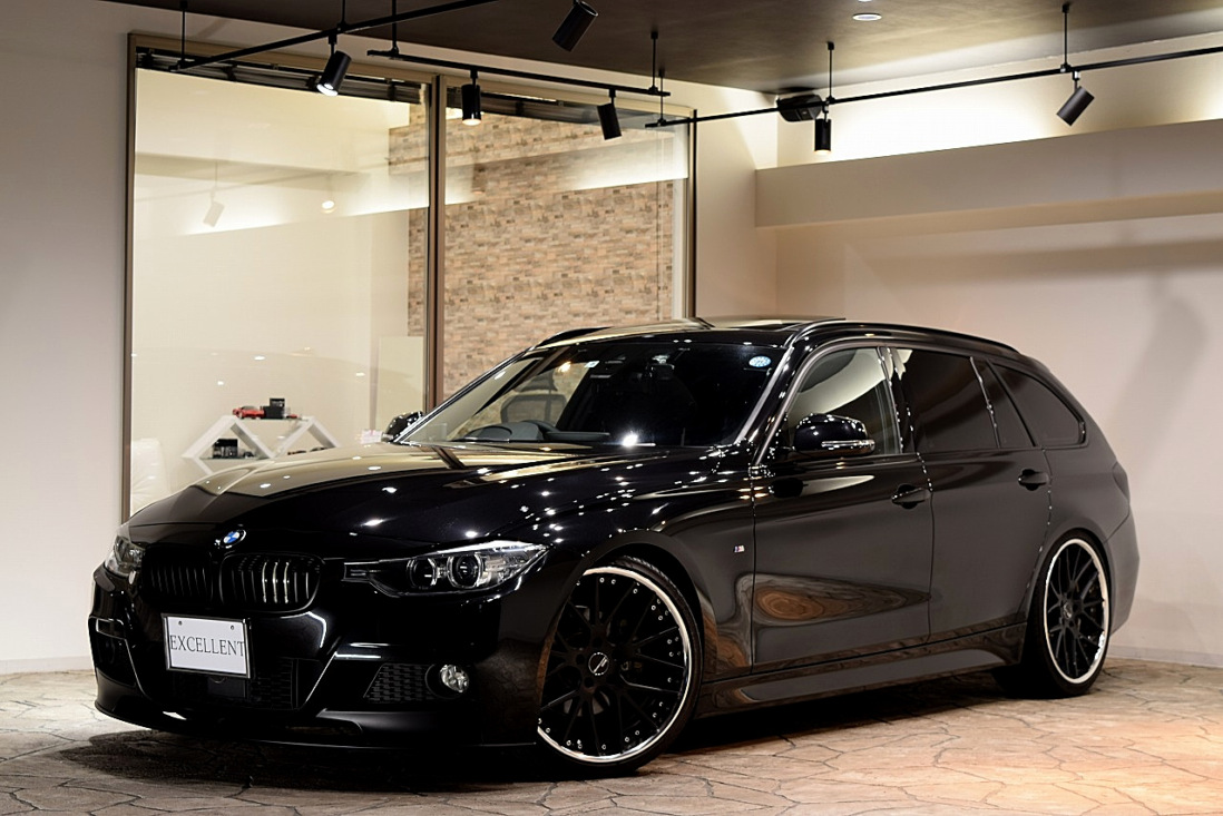 BMW 320dツーリング Mスポーツ Sold out